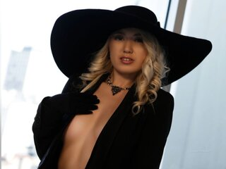 CharlotteHearts naked