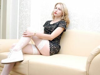 MirandaBlonde naked